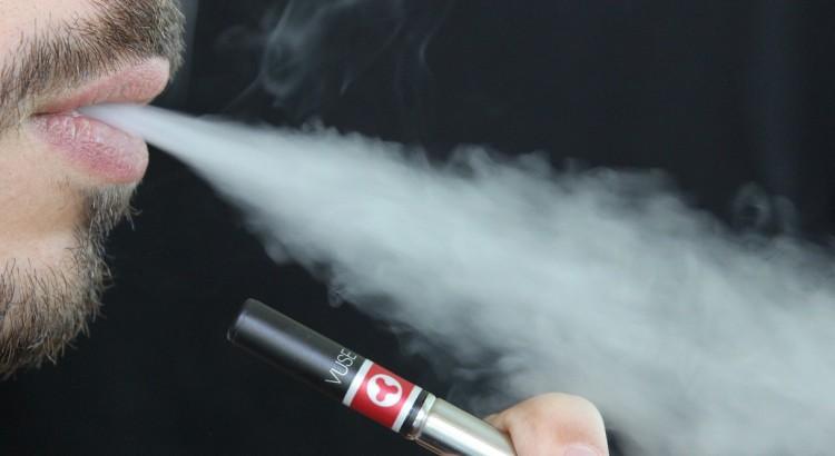 Consumo cigarro eletrónico